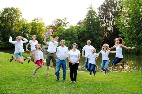 photos de famille à l'orangerie de strasbourg - Instant d'émotion