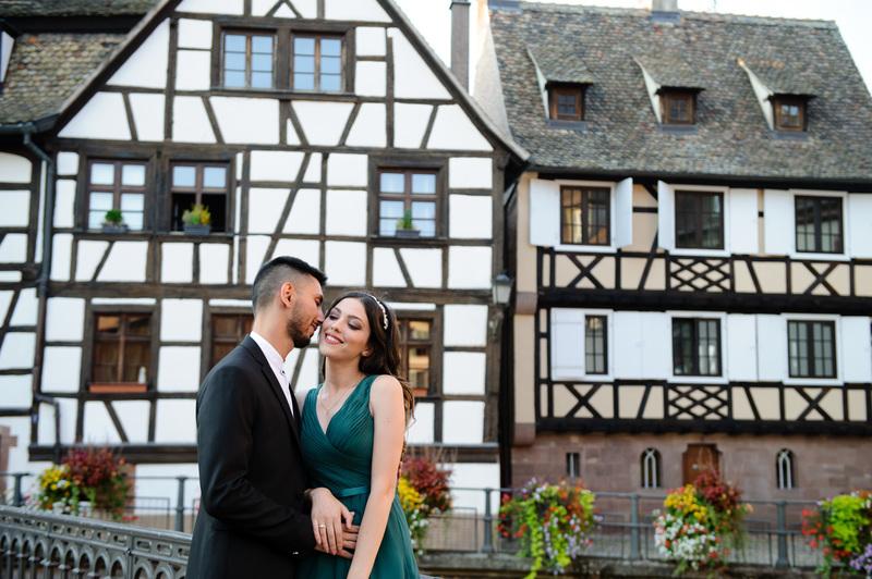Shooting couple à Strasbourg Petite France - Instant d'émotion