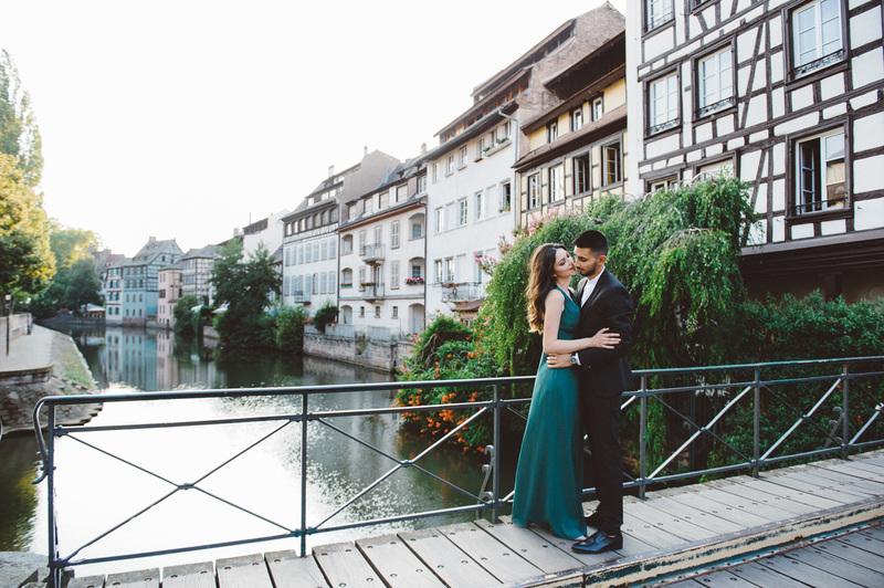 Photographe de couple à Strasbourg Petite France - Instant d'émotion