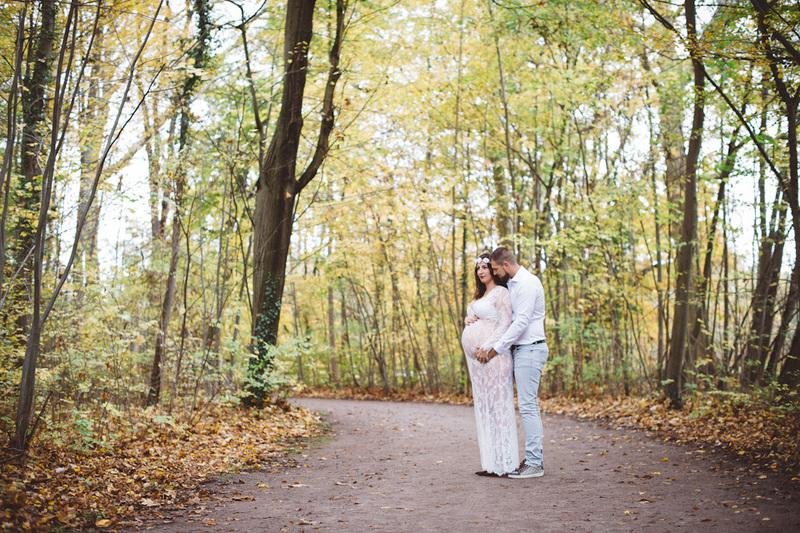 photos de grossesse en forêt life style à strasbourg - Instant d'émotion